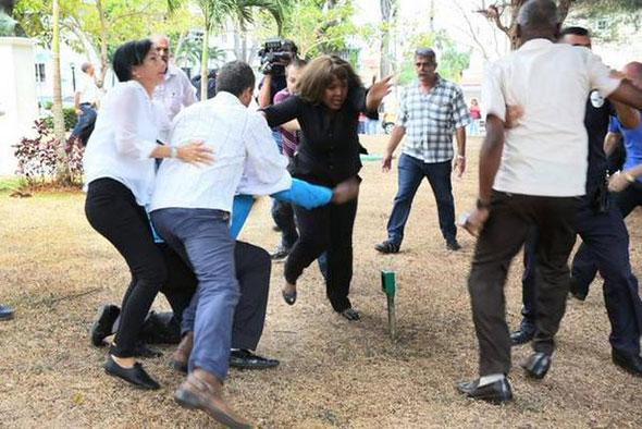 Acto de repudio contra disidentes cubanos en Panamá...