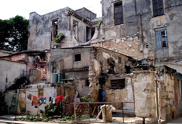 Cubans live under the line of poverty.
