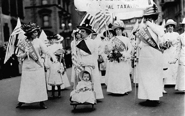 Mujeres durante una manifestación a favor del sufragio en 1912, en Nueva York.