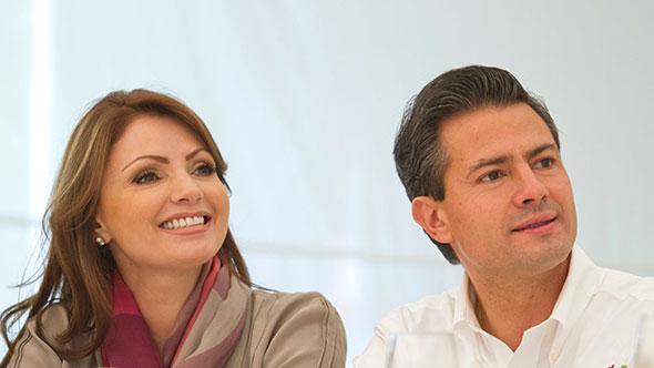 Angélica Rivera (La Gaviota) y el presidente mexicano Enrique Peña Nieto.