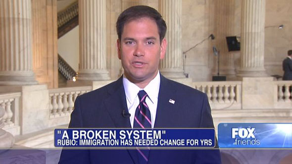 Marco Rubio, senador republicano de padres cubanos...