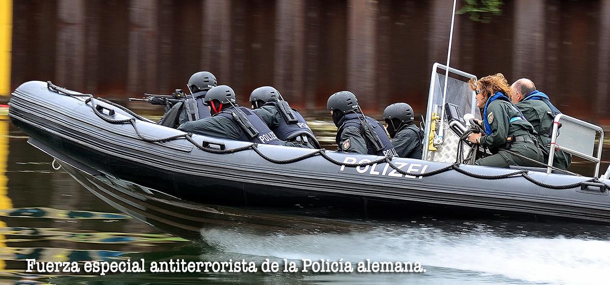 Fuerza policial antiterrorista de Alemania...