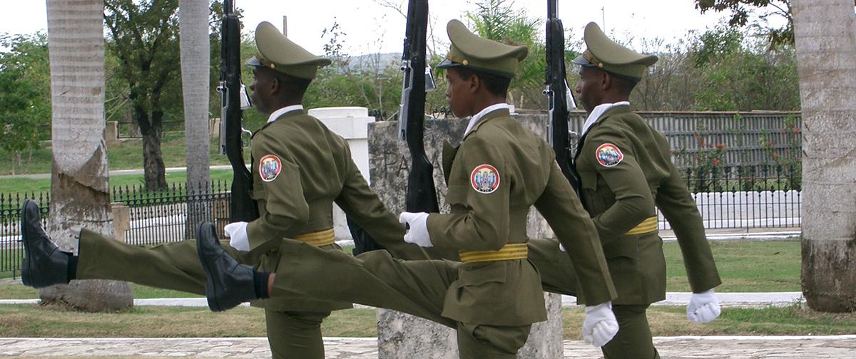 Desfile militar en Cuba...