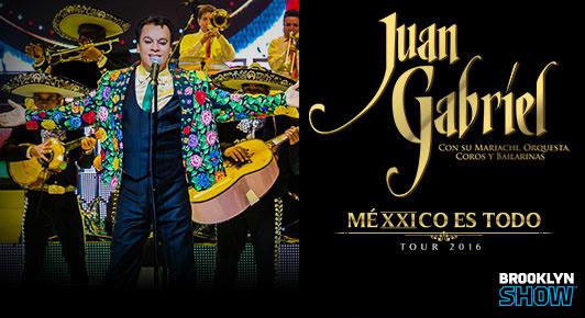 Juan Gabriel en una de sus memorables actuaciones...