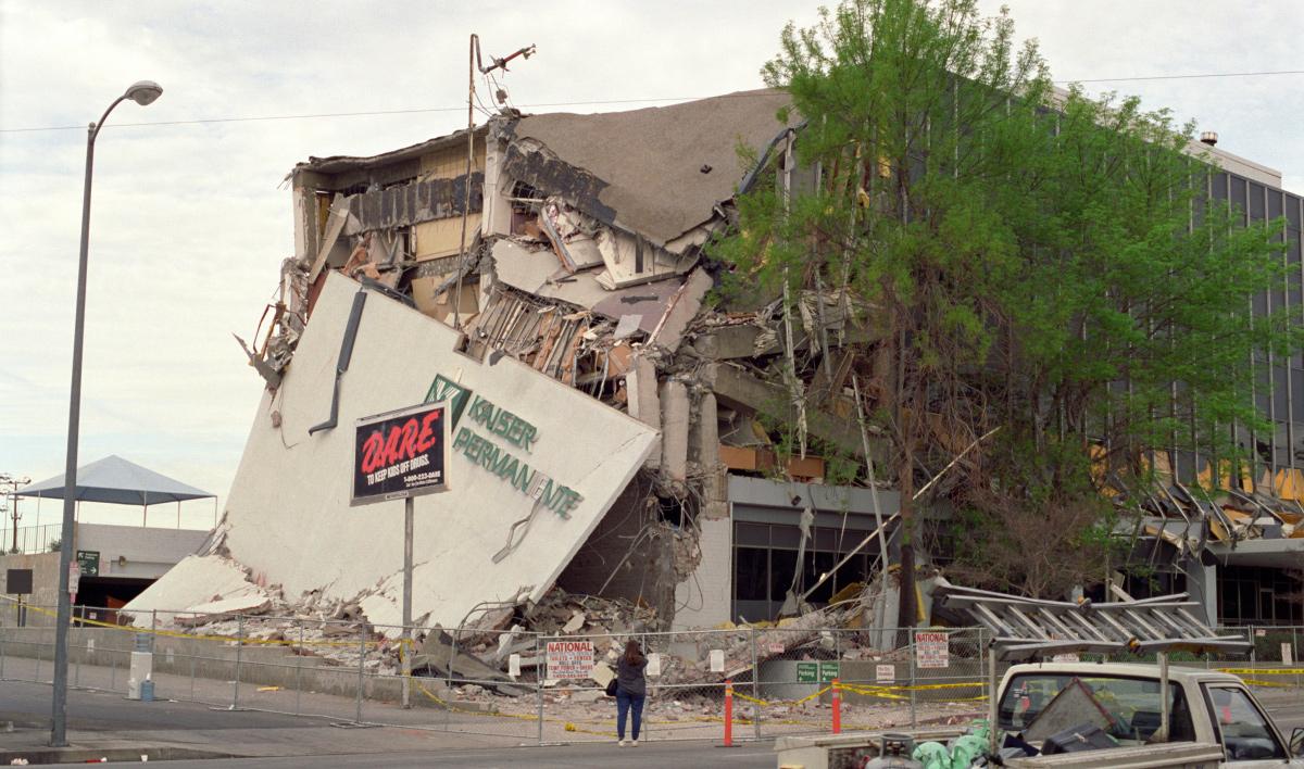 Hospital Kaiser tras el terremoto de Northridge