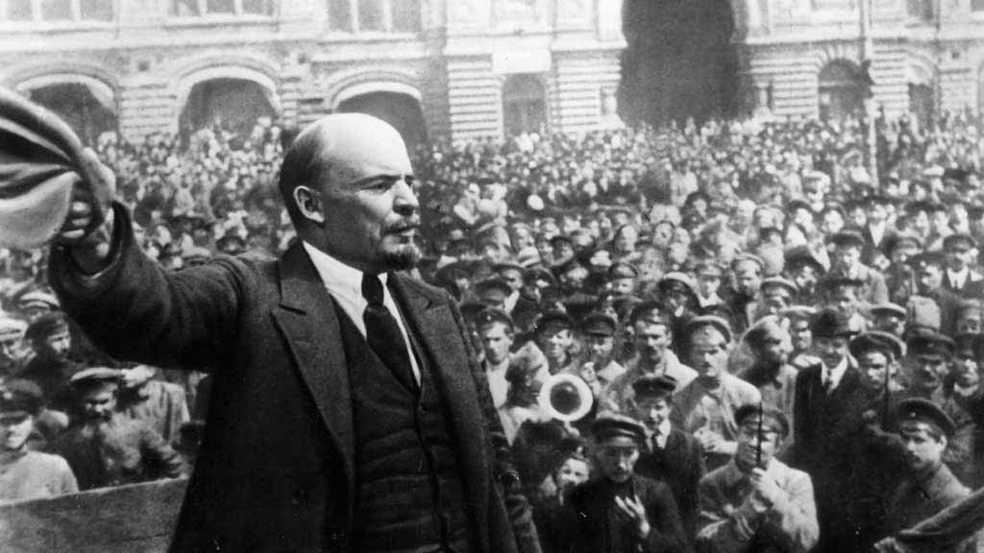 Lenin durante los días de la revolución rusa...