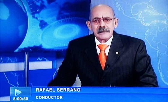 Rafael Serrano, conductor del noticiero de la televisión estatal cubaana, única del país.